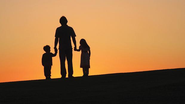 tėtis ir vaikai